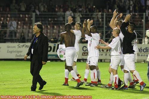 Brest conclue sa saison à domicile par un feu d'artifice contre Boulogne